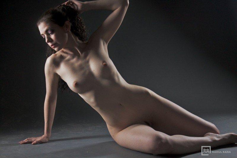 Valerie Whitaker Nude 34
