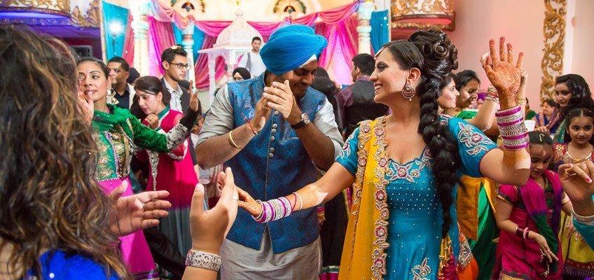 Perneet Jaspreet - Punjabi Jago - King Georges Post Ford New Jersey Indian Wedding - Photographer Rahul Rana - feat