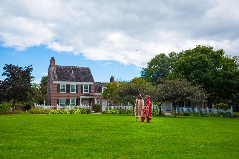 Ruchie Davinder - Dearborn Inn Grass field - Michigan Sikh Wedding - Rahul Rana Photography