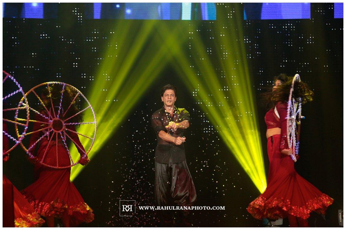 Slam Concert Tour Chicago - King Khan dancing on Stage - Rahul Rana Photography