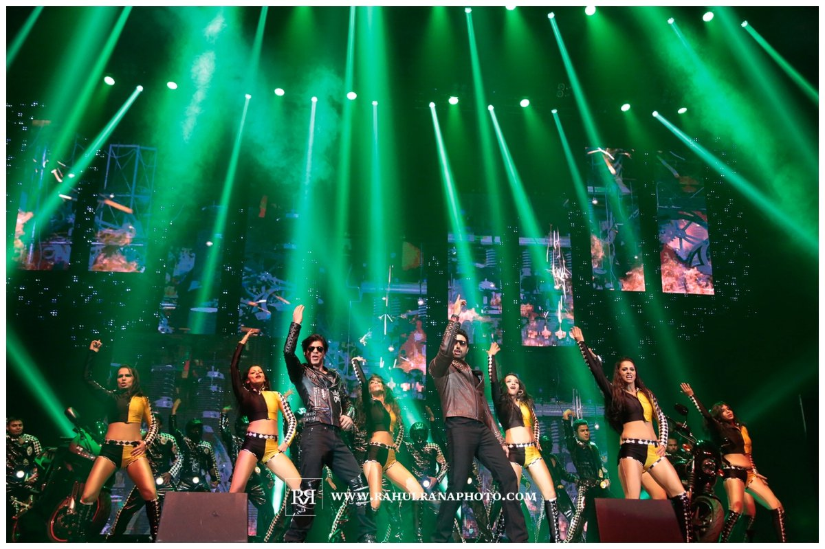 Slam Concert Tour Chicago - Shah Rukh and Abhishek dance - Rahul Rana Photography