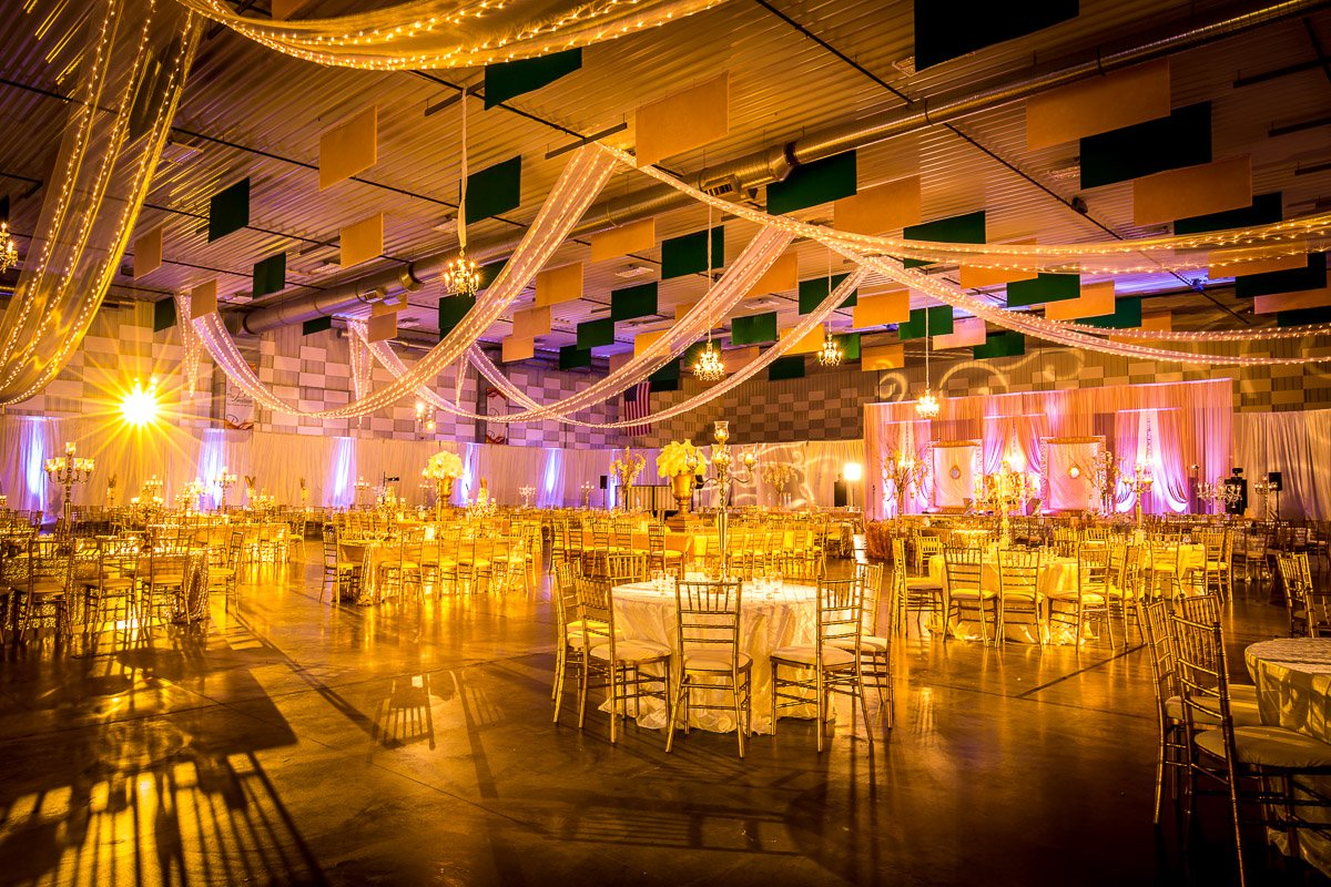Elegance Decor | Chicago Indian Wedding Reception Decor | Rahul Rana for Indian Wedding Light Decoration  284dqh