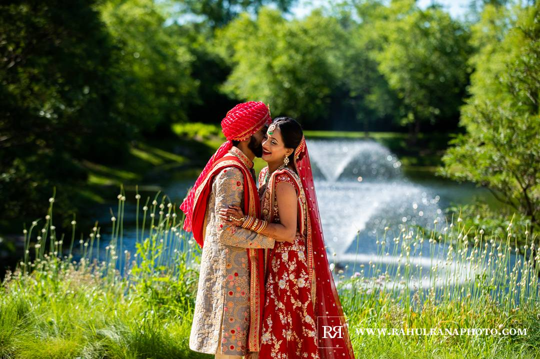 Westin North Shore - Wheeling Indian Wedding - Portraits Fountain - Rahul Rana Photo